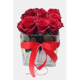 Τριαντάφυλλα σε Γυάλινο Κύβο  - 1